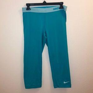 Nike Pro Dri-Fit Crop Leggings